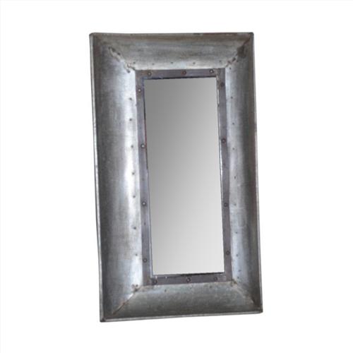 IJzeren spiegel met gemonteerd frame